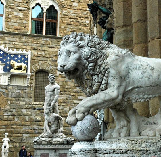 Lew na straży florenckiego Palazzo Vecchio