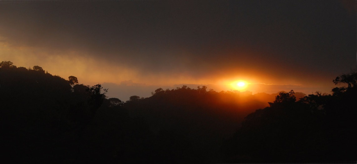 Zachód słońca nad Monteverde.