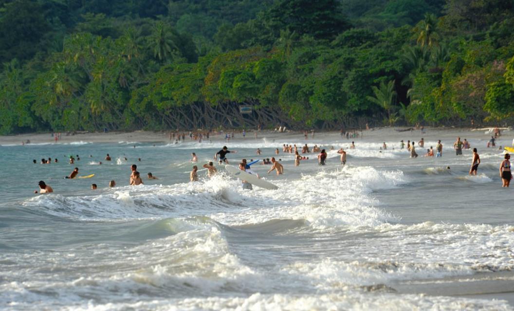 Kostarykańczycy mają do wyboru plaże dwóch oceanów.