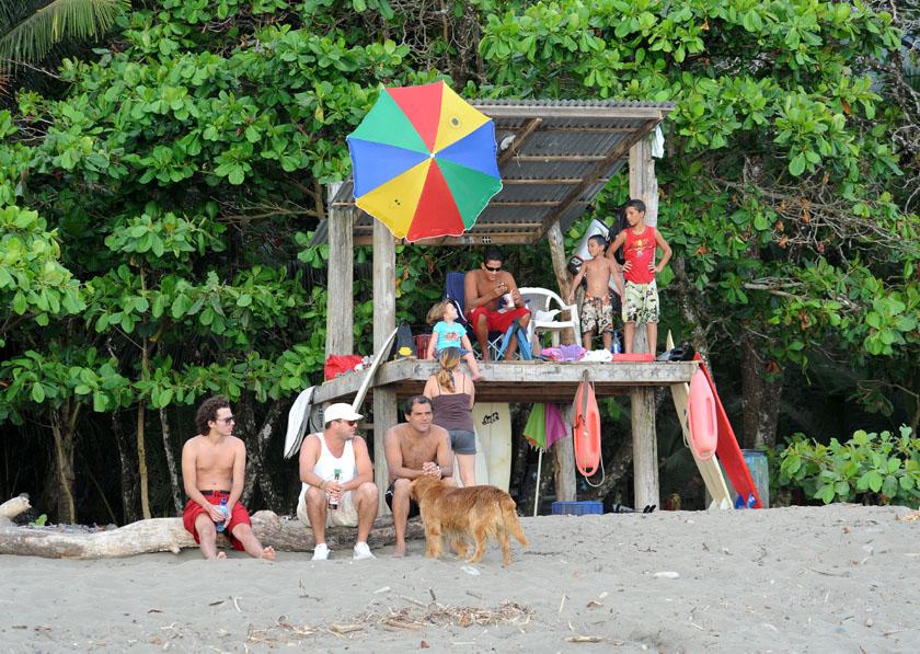 Kostarykańskie bay watch, czyli kolorowe beach party