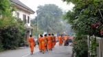 mnisi z Luang Prabang bp (2)