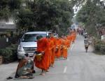 mnisi z Luang Prabang bp (3)