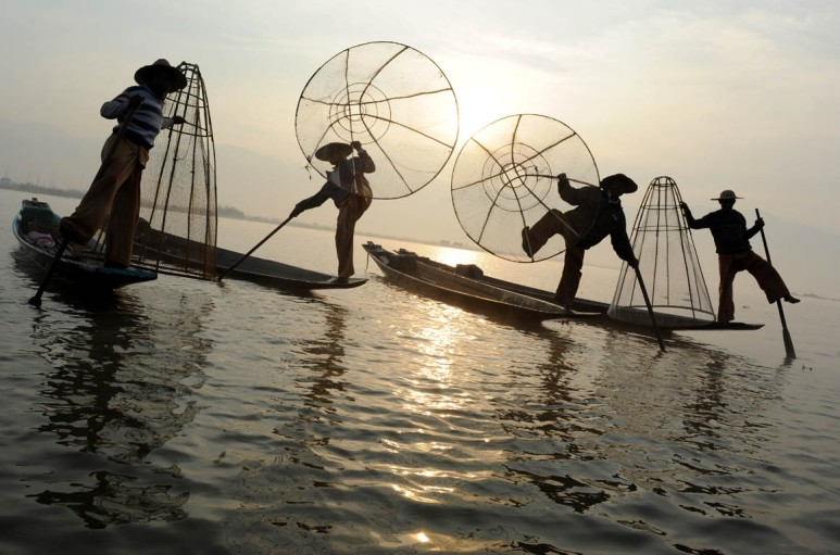 Fishermen of Inle Lake (13)a
