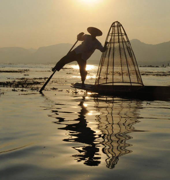Fishermen of Inle Lake (18)a
