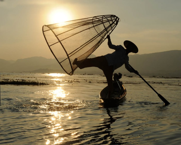 Fishermen of Inle Lake (20)a
