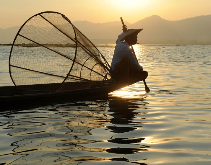 Fishermen of Inle Lake (21)a