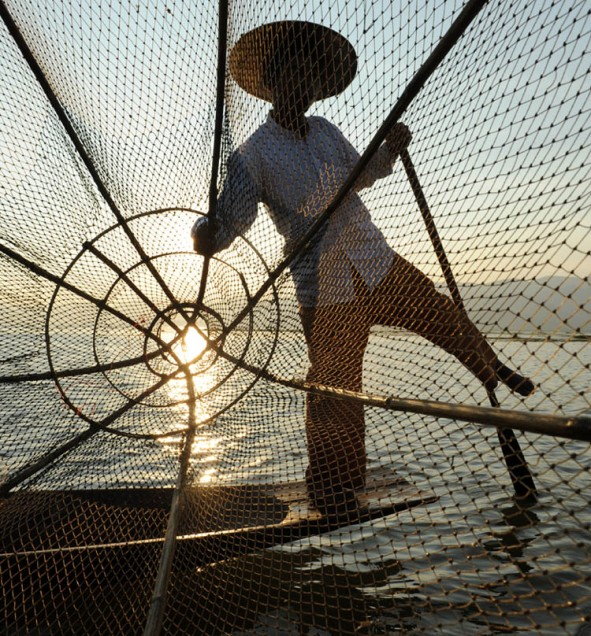 Fishermen of Inle Lake (22)a