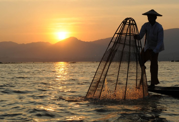 Fishermen of Inle Lake (26)a