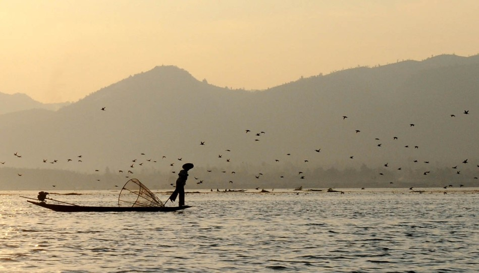 Fishermen of Inle Lake (32)a