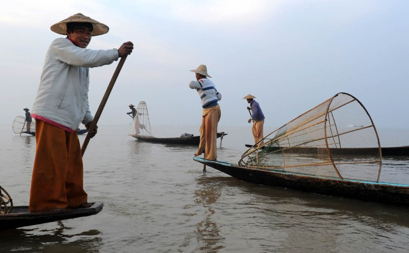 Fishermen of Inle Lake (6)a