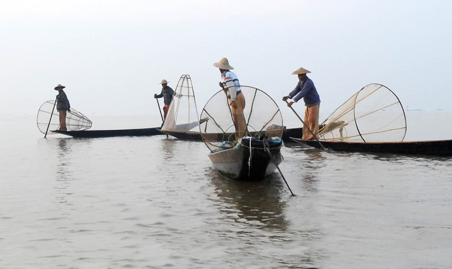 Fishermen of Inle Lake (8)a