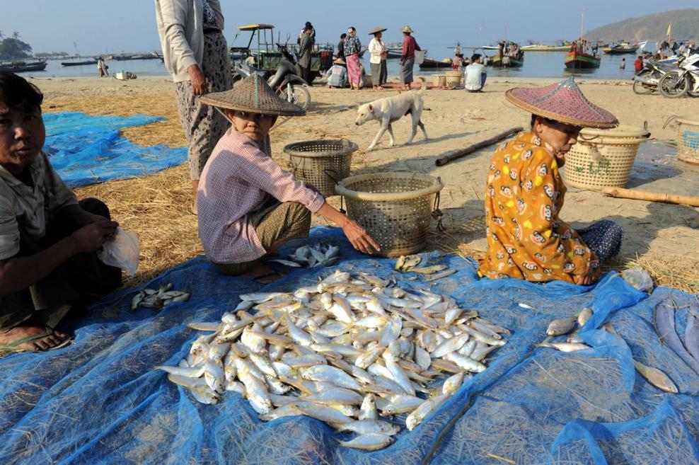wioska rybacka - Birma fot. Stanislaw Blaszczyna (12)