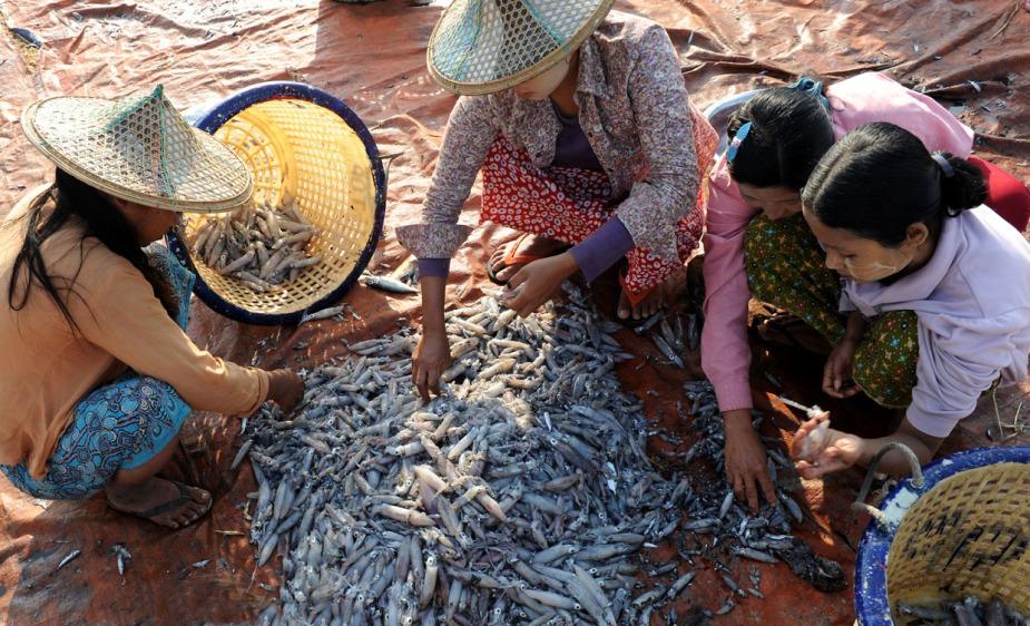 wioska rybacka - Birma fot. Stanislaw Blaszczyna (14)