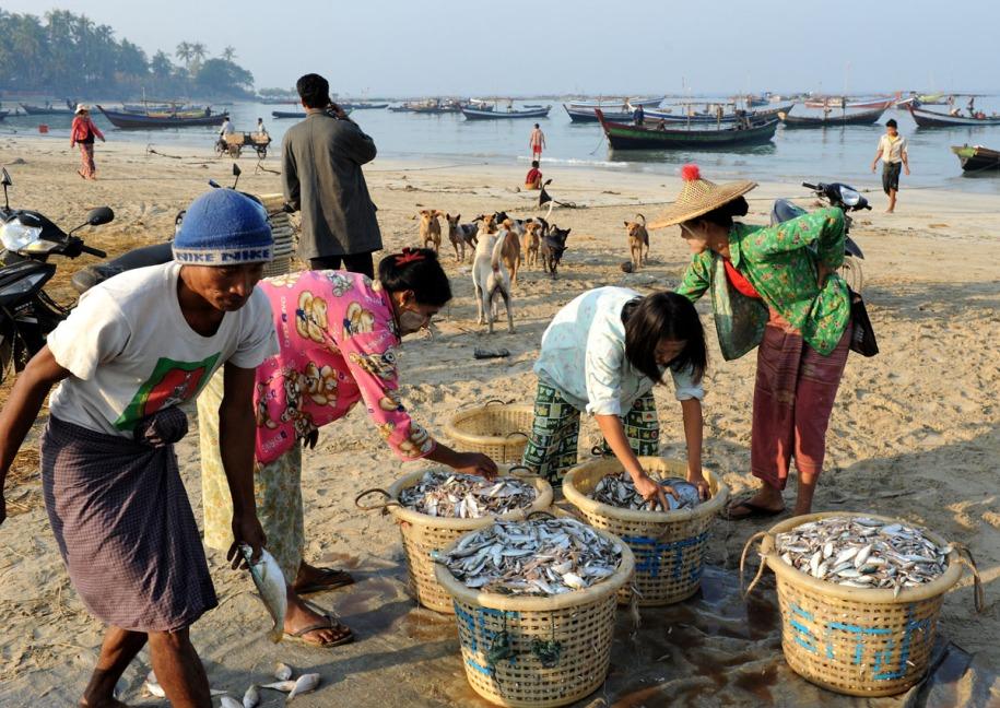 wioska rybacka - Birma fot. Stanislaw Blaszczyna (5)