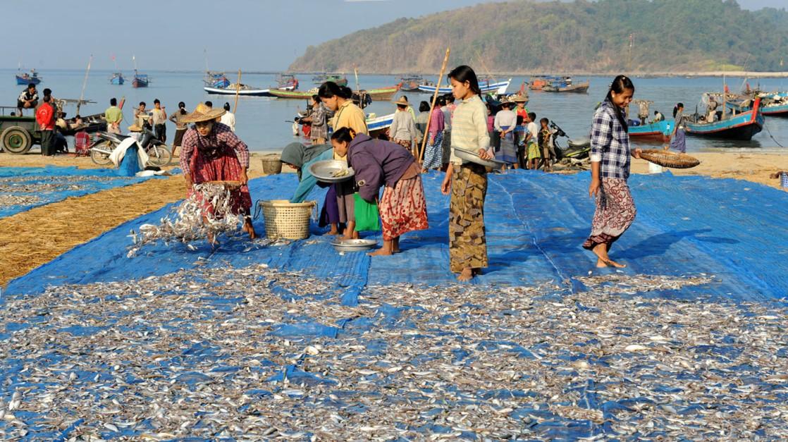 wioska rybacka - Birma fot. Stanislaw Blaszczyna (6)