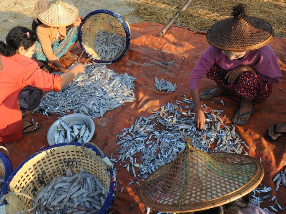 wioska rybacka - Birma fot. Stanislaw Blaszczyna (7)