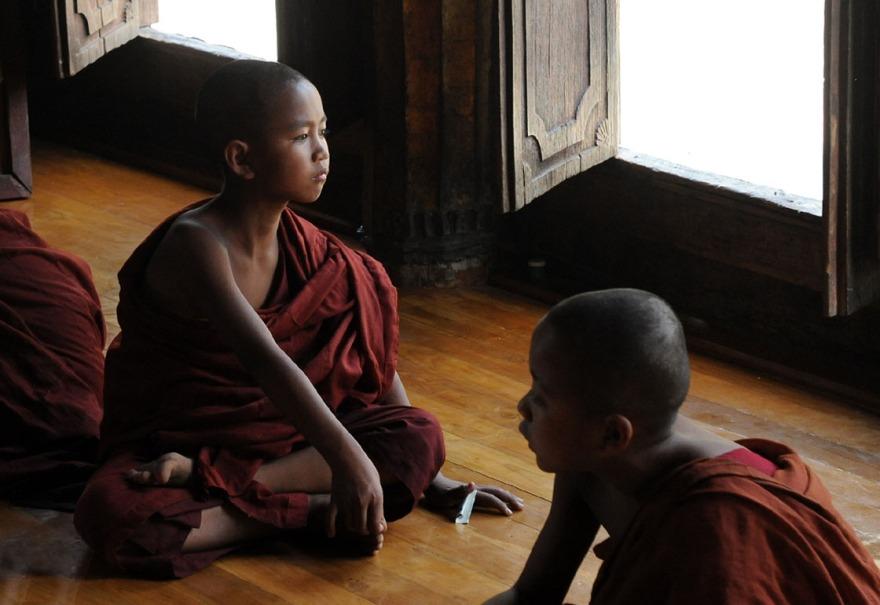 Shwe Yan Pyay Monastery - Birma. fot. St. Błaszczyna) (15)