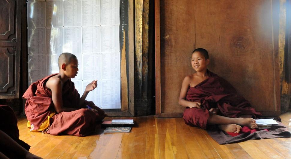Shwe Yan Pyay Monastery - Birma. fot. St. Błaszczyna) (16)