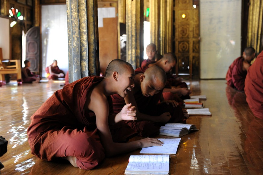 Shwe Yan Pyay Monastery - Birma. fot. St. Błaszczyna) (25)