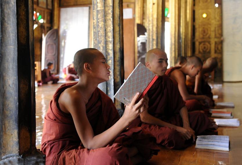 Shwe Yan Pyay Monastery - Birma. fot. St. Błaszczyna) (27)